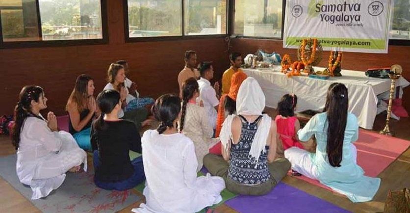 Yoga Teacher Training in Small Groups is Advantageous